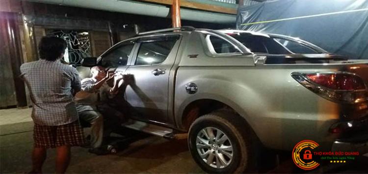 Dịch vụ mở khóa cửa, cốp xe ô tô tại Ninh Bình