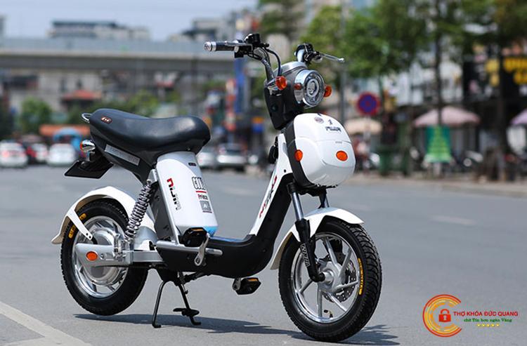 Đức Quang nhận sửa khóa xe đạp điện của tất cả các hãng