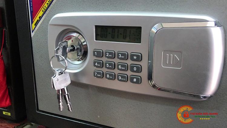 Đức Quang nhận làm chìa khóa két sắt Hòa Phát và các hãng khác