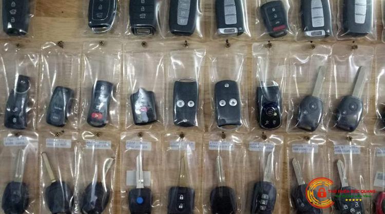 Làm chìa khóa, remote cửa cuốn của tất cả các hãng