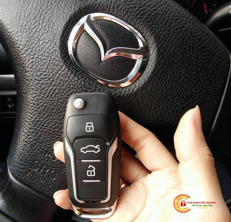 Làm chìa khóa xe Mazda