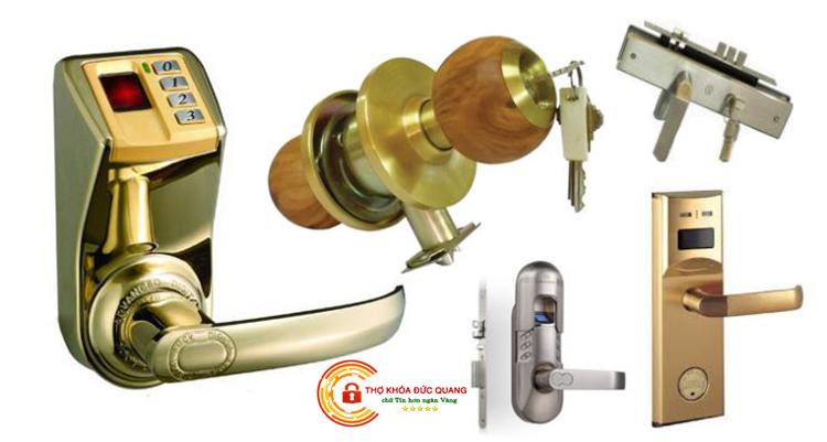 Lắp khóa cửa tay nắm tròn, lắp khóa cửa tay gạt, tay cầm