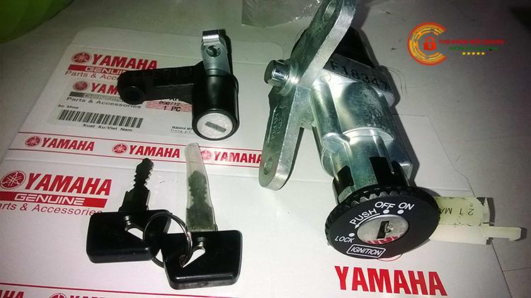 Thay ổ khóa xe máy Yamaha bao nhiêu tiền ?