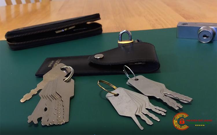 Dịch vụ làm chìa khóa két sắt đảm bảo uy tín, chuyên nghiệp