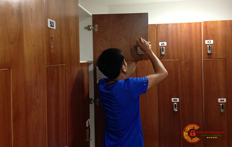 Khoan mới, lắp đặt ổ khóa tủ hồ sơ, tủ đựng đồ cá nhân tại Thạch Thất