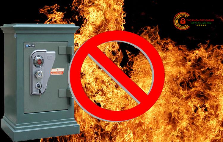 Không đặt két sắt gần lửa và các chất hóa học