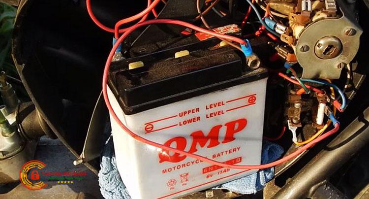 Khóa chống trộm xe máy sử dụng nguồn điện xe máy