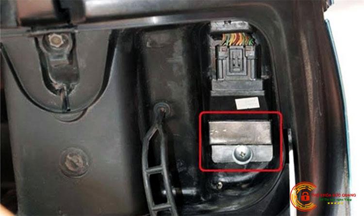 Cách chống trộm IC xe máy