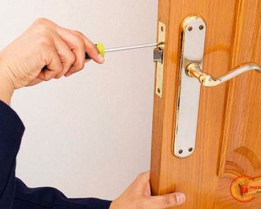Cách sửa khóa cửa tay gạt