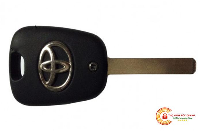 Chìa khóa cơ xe ô tô