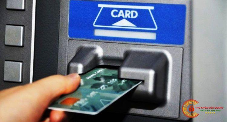 Thẻ chip có tiếp xúc