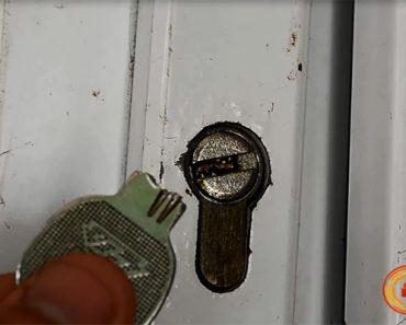 Cách lấy chìa khóa bị gãy