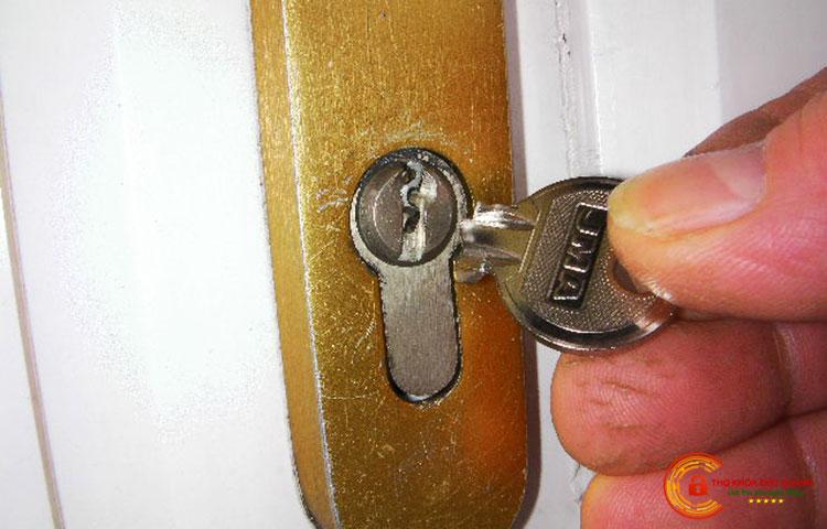 Mơ thấy chìa khóa bị gãy là điềm gì