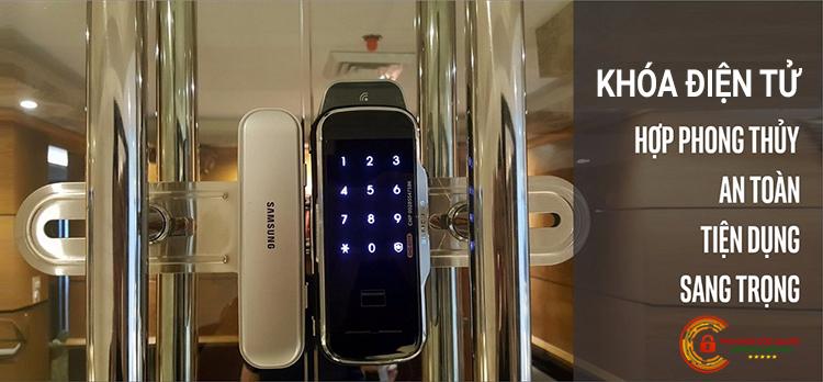 Lắp ổ khóa cửa kính điện tử cho công ty hút bể phốt Thanh Bình