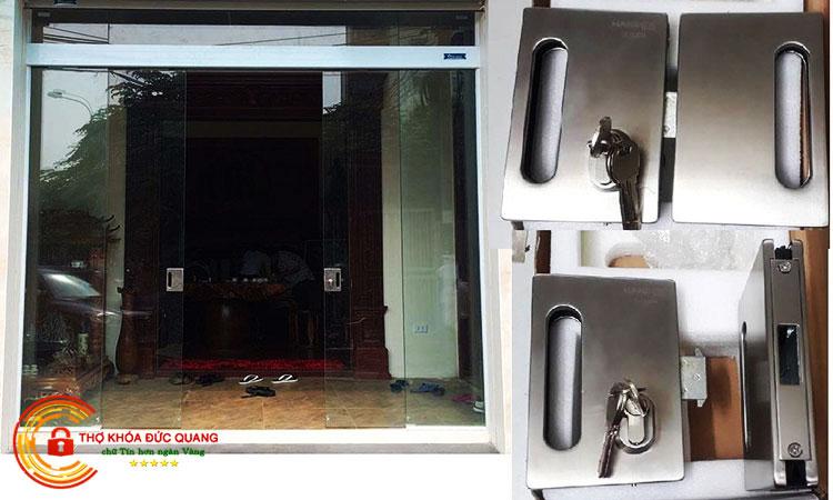 Chọn ổ khóa cửa kính phù hợp với cánh cửa