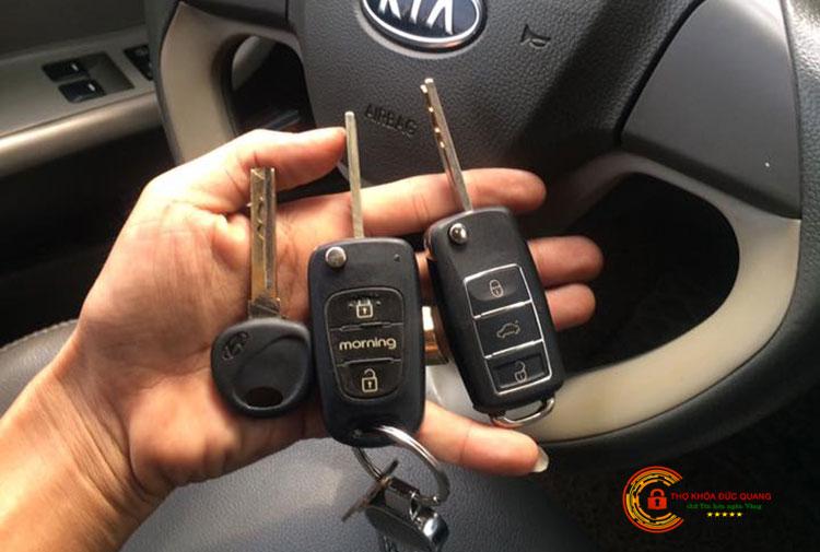 Thợ làm chìa khóa ô tô tại Thanh Hóa tay nghề cao