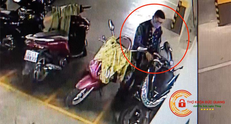 Nằm mơ thấy bị trộm xe máy là điềm báo gì?