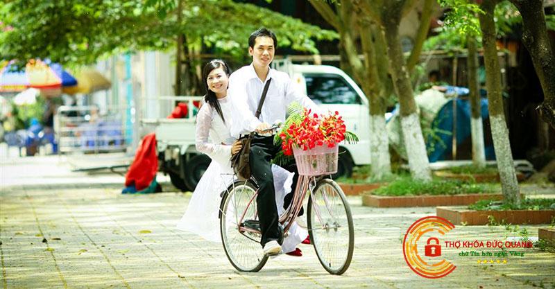 Nằm mơ thấy giỏ xe đạp đầy hoa