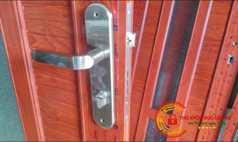 Cách chọn ổ khóa cửa gỗ