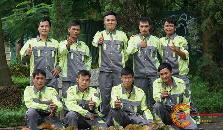 Đội ngũ thợ khóa chuyên nghiệp
